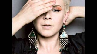 Watch Robyn Say Youll Walk The Distance video