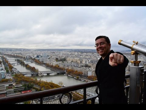Matthew Loop Visits Restaurant le Jules Verne in Paris