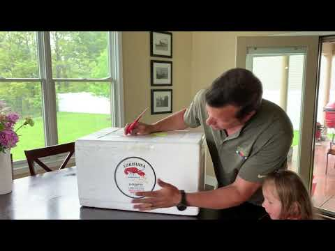 Unboxing Louisiana Crawfish Company 30 Lbs Purged Selects