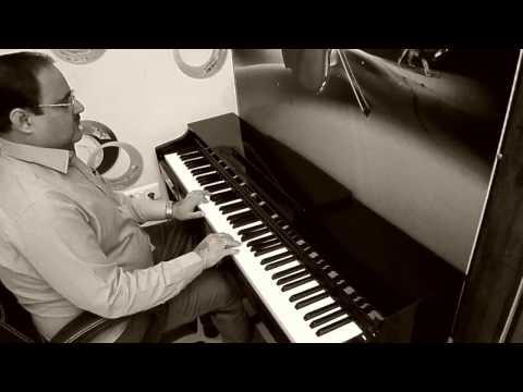 Kisi ki muskurahaton pe ho nisar | Anari | Piano cover by Naresh Vaswani