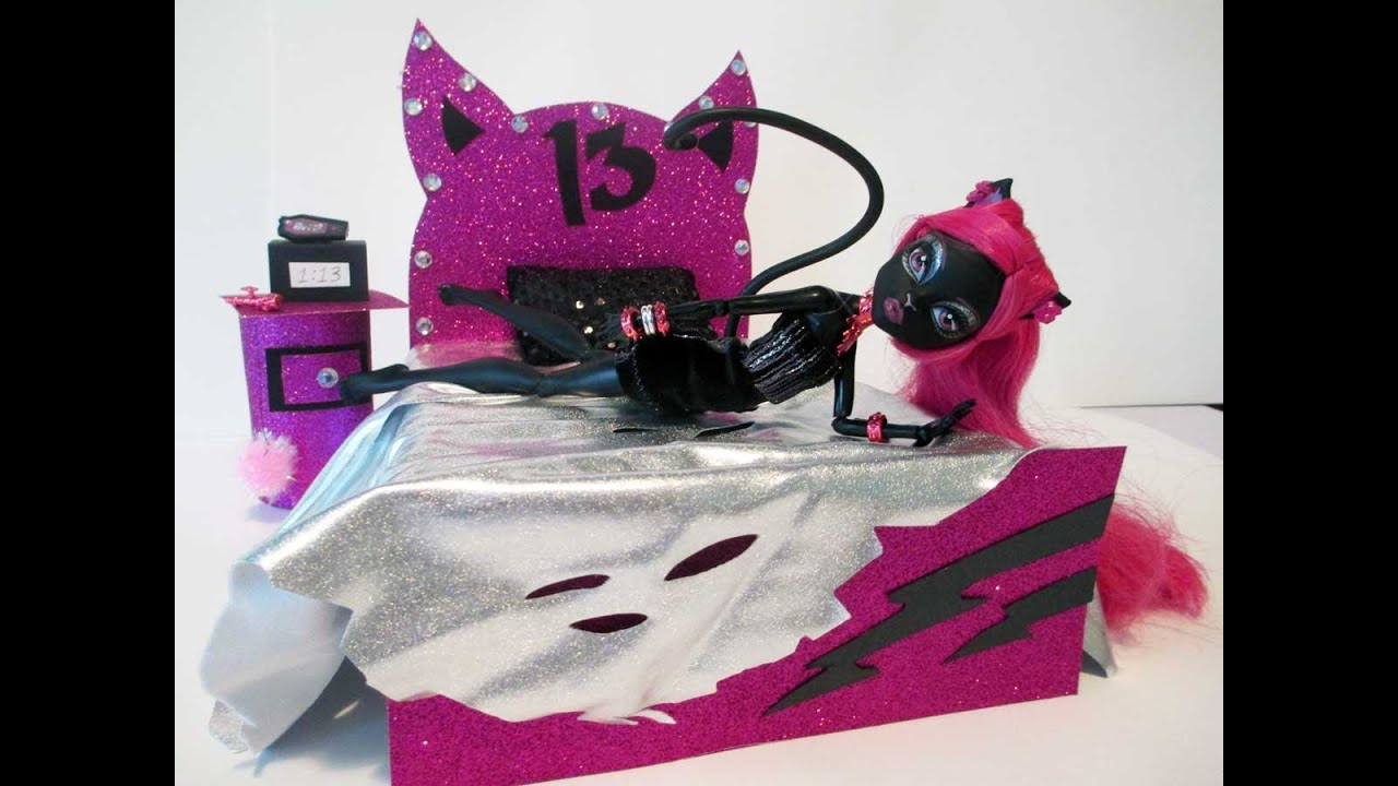 how to make a catty noir doll bed tutorial monster high youtube. Black Bedroom Furniture Sets. Home Design Ideas