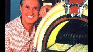 Watch Neil Sedaka Brighton video