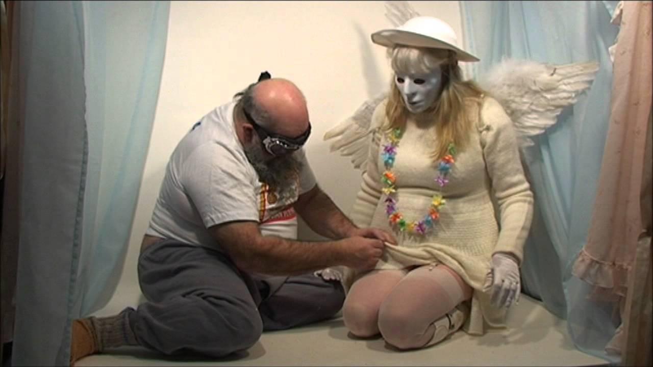 Alaston mies wanking naisten kanssa-9901