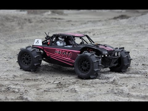 Formula OFFROAD! - Axial Yeti with Proline Sand Paws
