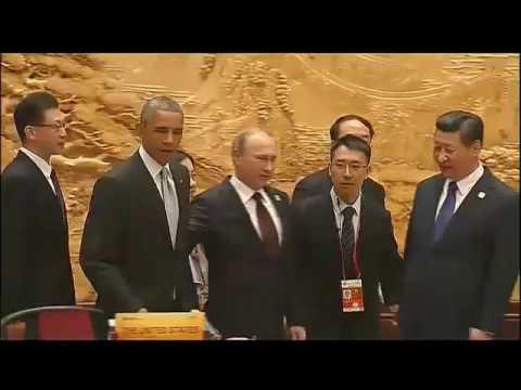 Putin and Obama awkward moment