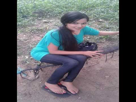 SRI LANKAN GIRLS FEET 1