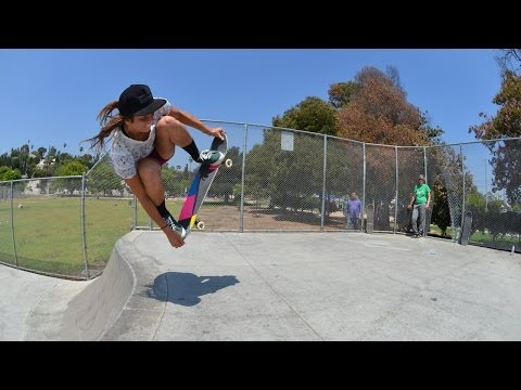 Blog Cam #68 - Girl Skateboarders Are Weird