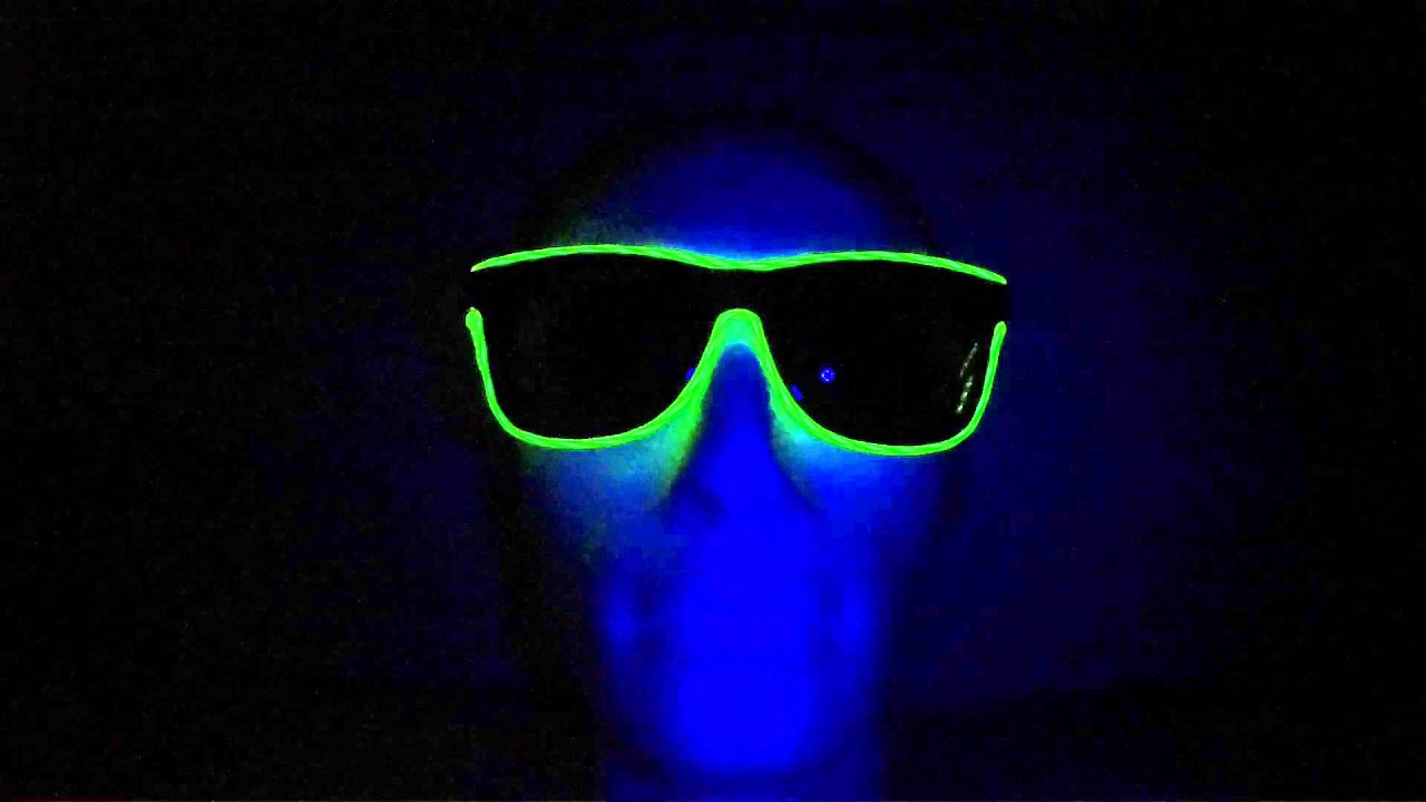 d5efe93e94 Neon glasses Way Ferrer style - Green (www.cool-mania.com) - YouTube