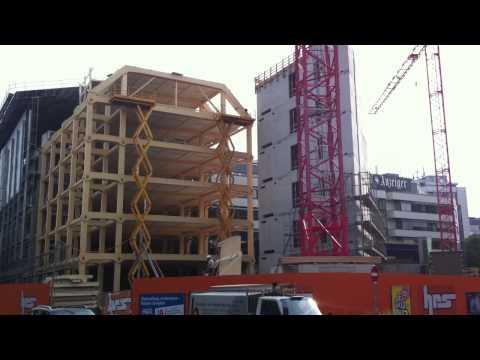 Shigeru Ban's building site watching
