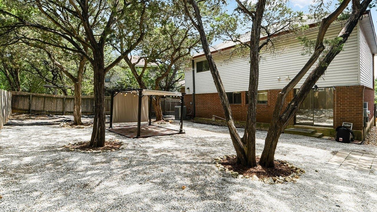 7511 Rainlilly Cove // San Antonio