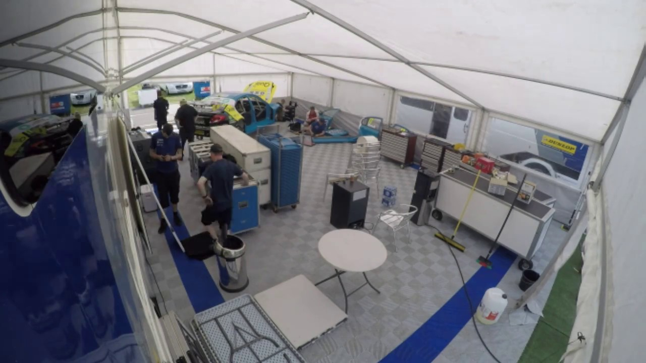 Welch Motorsport Awning Setup Thruxton 2016