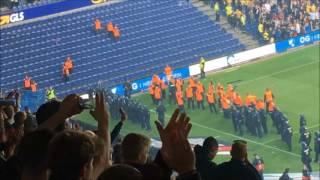 Politi stormer Fck hooligans på Brøndby stadion 06/08/17