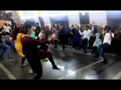 India in Yerevan Metro / Հնդկաստանը Երևանի մետրոպոլիտենում