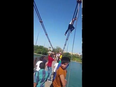 Adanalı gençler asma Köprüden atlıyoo