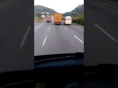 The beauty of salem bangalore highway!!