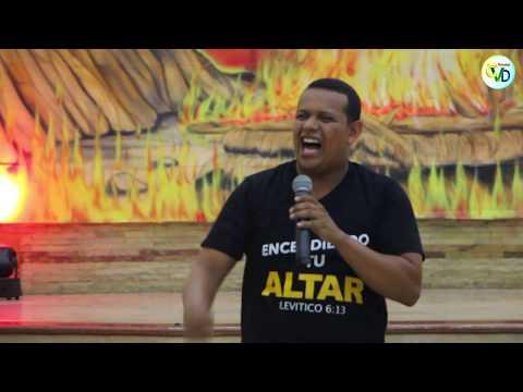 NIÑA 👧 JORDANA MERA RONQUILLO de 4 AÑITOS CANTA A DIOS ANHELO CONOCERTE ESPÍRITU SANTO - A TUS PIES from YouTube · Duration:  4 minutes