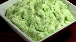 Watergate Salad -- Lynn's Recipes