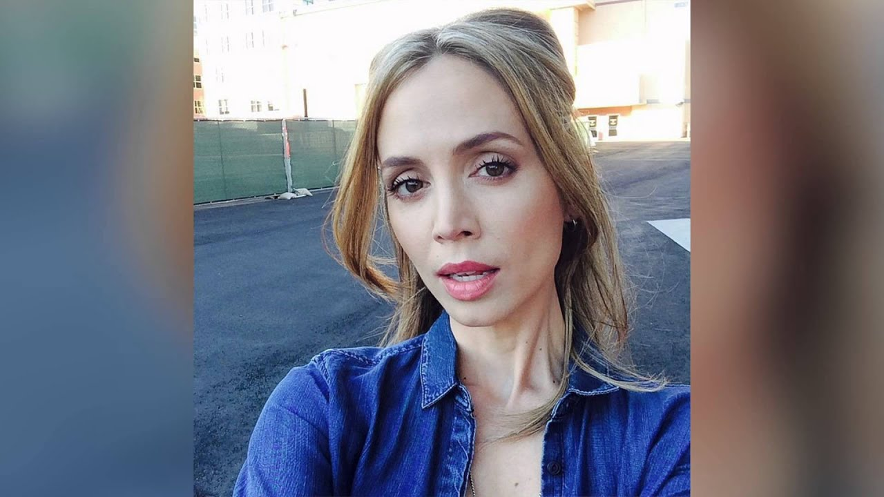 Eliza Dushku Says One Direction Forced Her Out Of Her -7778