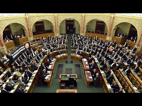 Hungary's parliament rejects plan to ban migrant resettlement -
