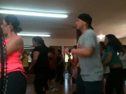 Clase fusion dance Fitness wt Manuel Medina solo x Just Fitness Studio :