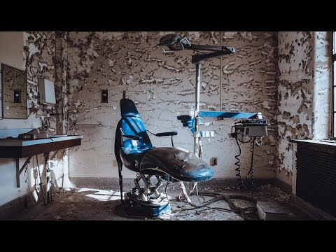 ABANDONED Insane Asylum: Lost In The Past