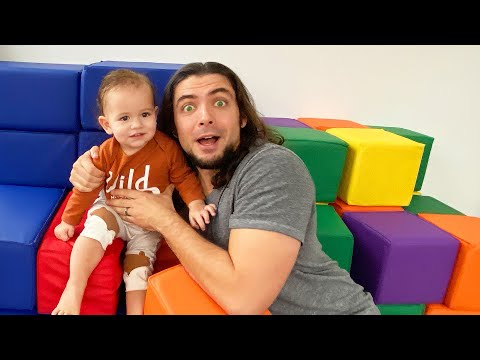 Teaching Patterns To Baby Levi - Papa FAM JAM