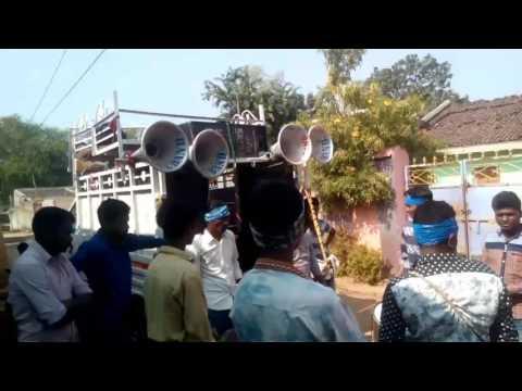 Hai re kain mahani lagiche...... Budel band performing.... maa bhagabati band, Budel gaon, junagad