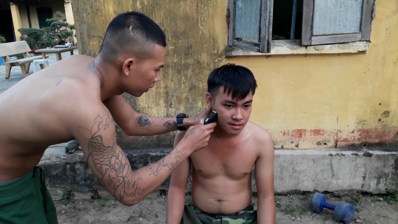 Cắt tóc cho đồng đội/NVQS VLOG
