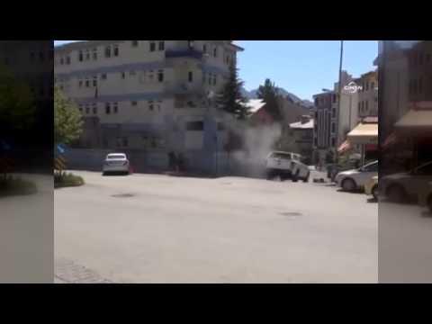 Tunceli'deki çatışma anı amatör kameraya takıldı