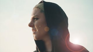 Christina Novelli - Beautiful Life (Official Music Video)