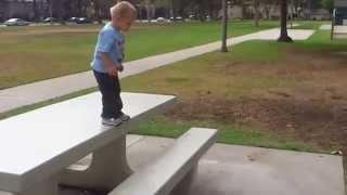 Детский паркур в 2 года (Baby parkour 2 years old)