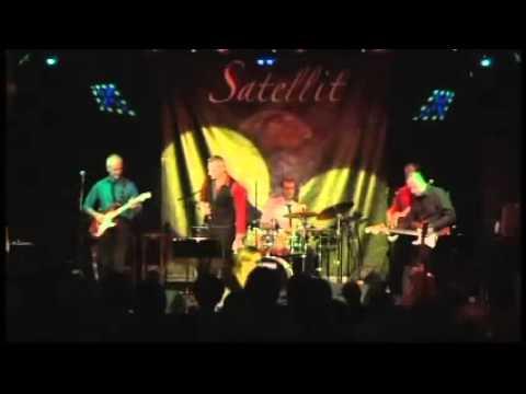 """""""Move it"""" par Shazam - Tribute Shadows and Cliff Richard Live @ Satellit Café 10/4/2014"""