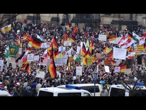 LIVE: PEGIDA take to the streets for 26th Dresden rally