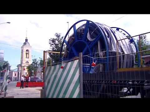 Сюжет о бестраншейном методе восстановления инженерных коммуникаций  в Москве и производстве полимерных труб.