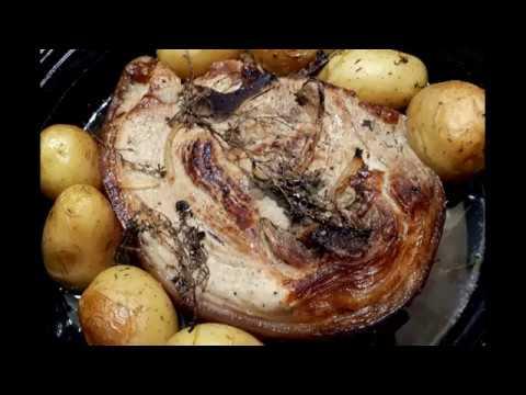 ✔️-jambon-/-rouelle-de-porc-avec-des-pommes-de-terre-au-four