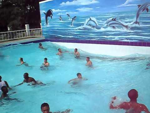 Piscina de olas en tardes cale as rozo d youtube for Piscina de olas