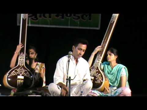 Waheed Saghar- Afghan classical singer- raag puriya kalyaan - a concert in India