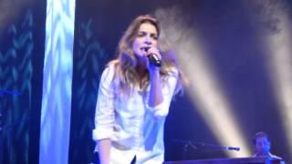 Julie Zenatti - Je Voudrais Que Tu Me Consoles (Gémenos 17 / 01 / 15)