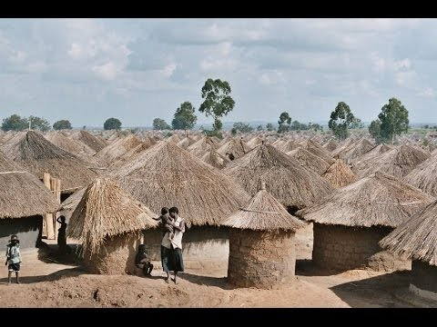 AFRICA - Pabbo Camp, North Uganda - Camera Peter Scheid