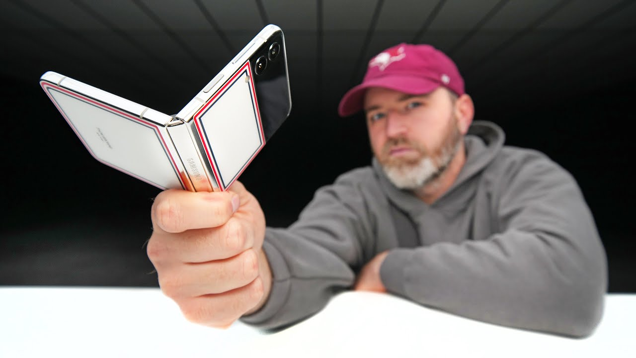 Unboxing Samsung's RAREST Smartphone...