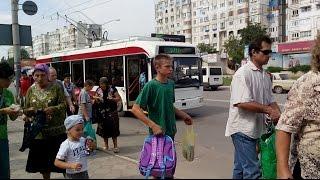 Șofer de troleibuz cu telefonul la ureche #Bălți
