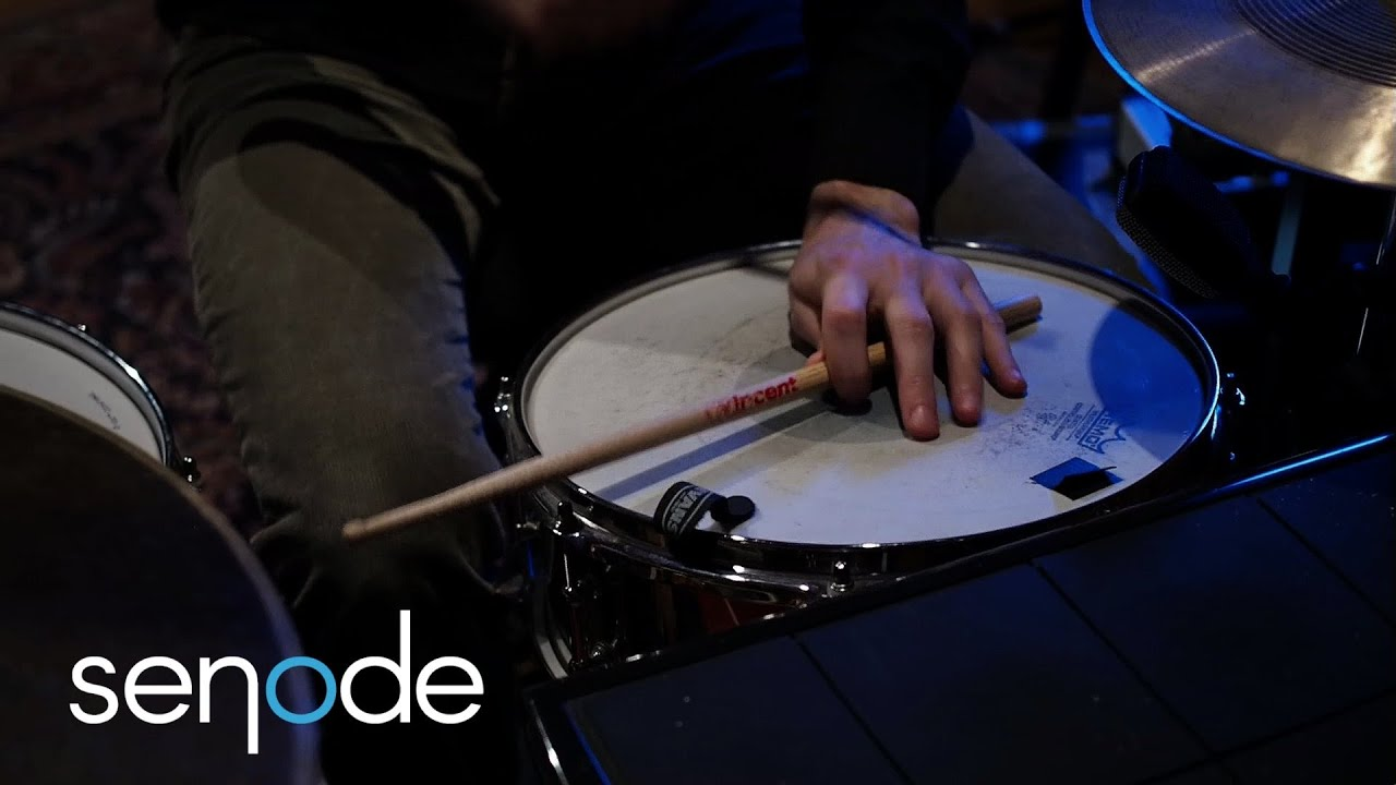 Sebastian Arnold | Drums & Electronica One-Man Band from Berlin