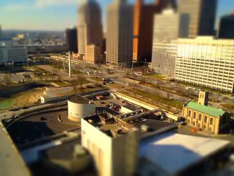 Detroit Renaissance Center - Time Lapse Test