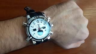 Обзор: мужские часы Weide 5205 Sport White. Большие наручные часы с подсветкой