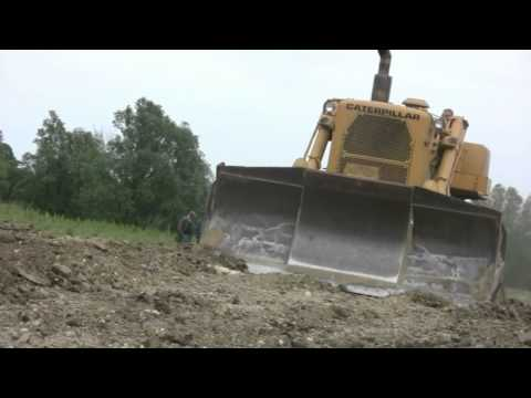 Cat D9G and others.avi