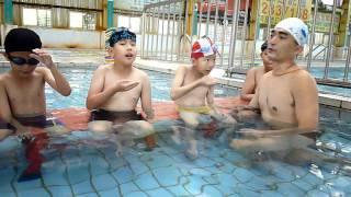 2011 10三甲游泳課~換氣練習
