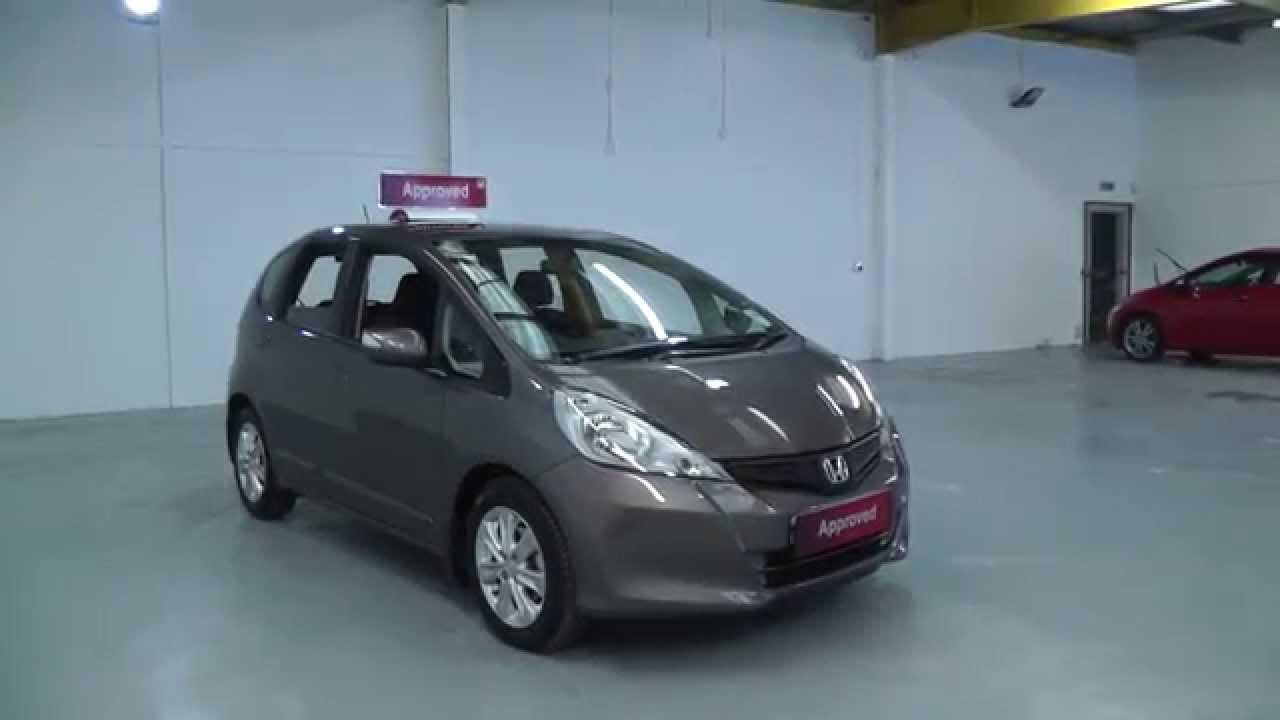 Honda Jazz 1 4 Es In Urban Titanium Video Walkaround Youtube