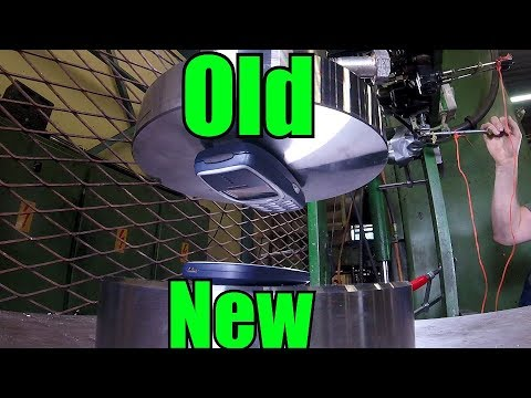 New Nokia 3310 Vs. Old Nokia 3310 | HYDRAULIC PRESS TEST!