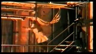 NOSTALGIAPAUKKU: Roska 2003