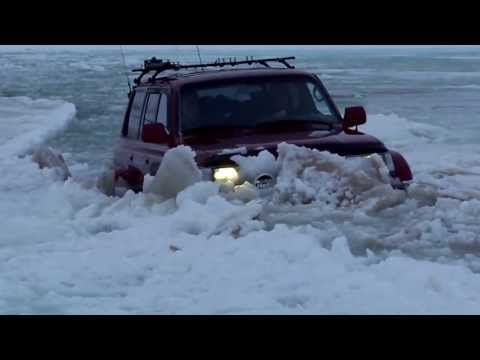 Iceland 4x4 in deep water - Car Rental in Iceland - Campervan Iceland